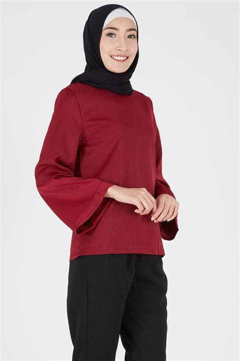 sell antheas top maroon tops hijabenka