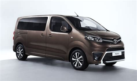 new 2016 toyota 2016 toyota proace verso makes uk debut toyota