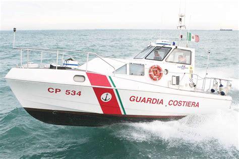 capitaneria di porto sant antioco sant antioco soccorsi dalla guardia costiera 14 algerini