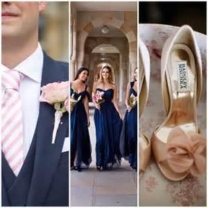 bleu marine et rose des couleurs punchy pour mon mariage