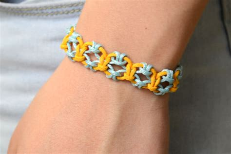 how to knit a friendship bracelet how to knit a friendship bracelet with lark s knots