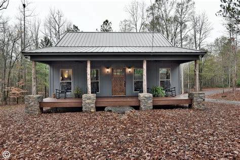 benefits  residential metal buildings  living
