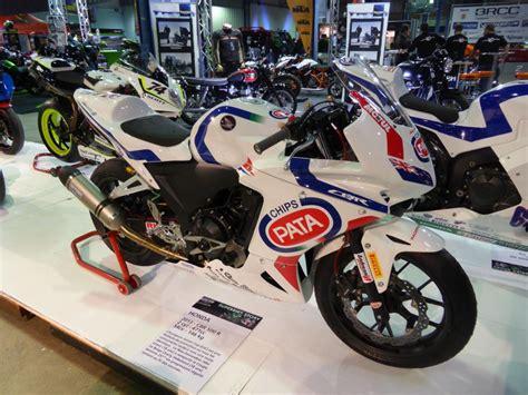 Lu Cbr honda cbr 500 r auf der international motor show in