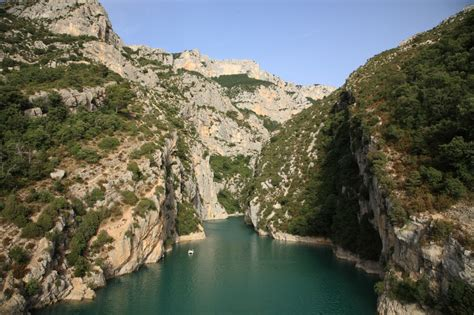 electric boat verdon watersports and activities at bauduen clos de barbey
