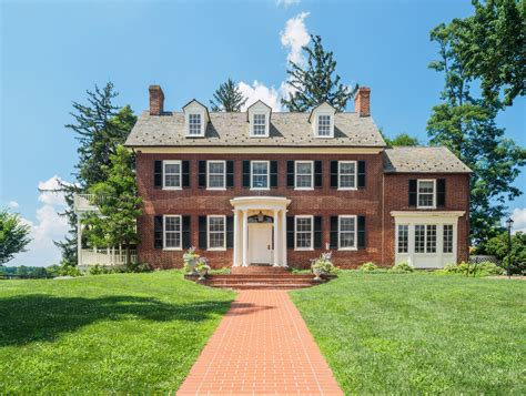 What Does House by Woodlawn Manor House Montgomery Parks