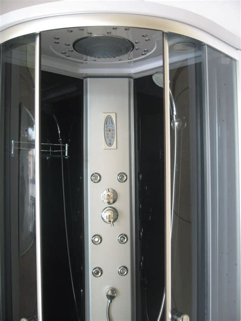 doccia con radio box doccia idromassaggio angolare 80x80 con cromoterapia