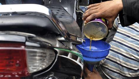 Pelumas Sepeda Motor Memahami Arti Kode Pada Oli Mesin Dan Penggunaannya