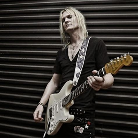 hard rock interview  guitarist stoney curtis