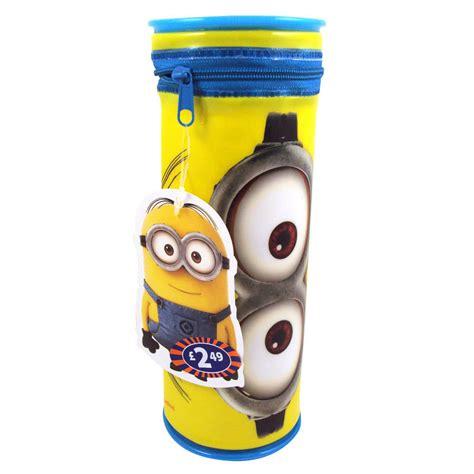 Pensil Minion b m gt despicable me minion barrel pencil 293908