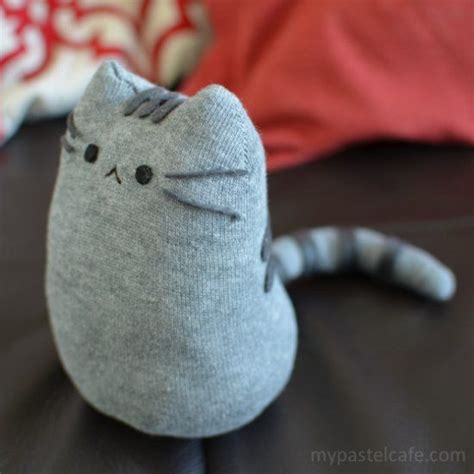 diy sock mouse pinterio this tutorial will teach you how to make once