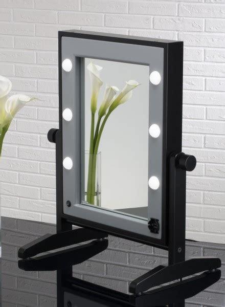 specchio da tavolo make up come scegliere le giuste per la postazione make up