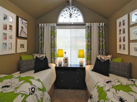 cute themes for dorm rooms bloombety cute dorm room ideas double bed cute dorm room