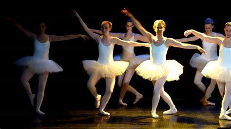 le de table classique mjc duch 232 re petit extrait du gala de danse classique le 21 mai 2011 un r 233 gal pour les yeux