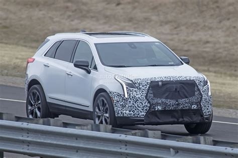 2020 Cadillac Xt5 Pictures by 2020 Cadillac Xt5 Facelift Spied With Redesigned Bumpers