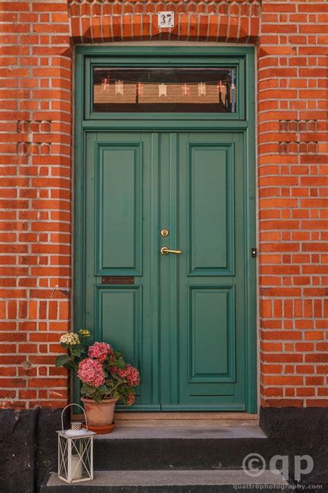 brick house front door 1000 ideas about red brick houses on pinterest brick