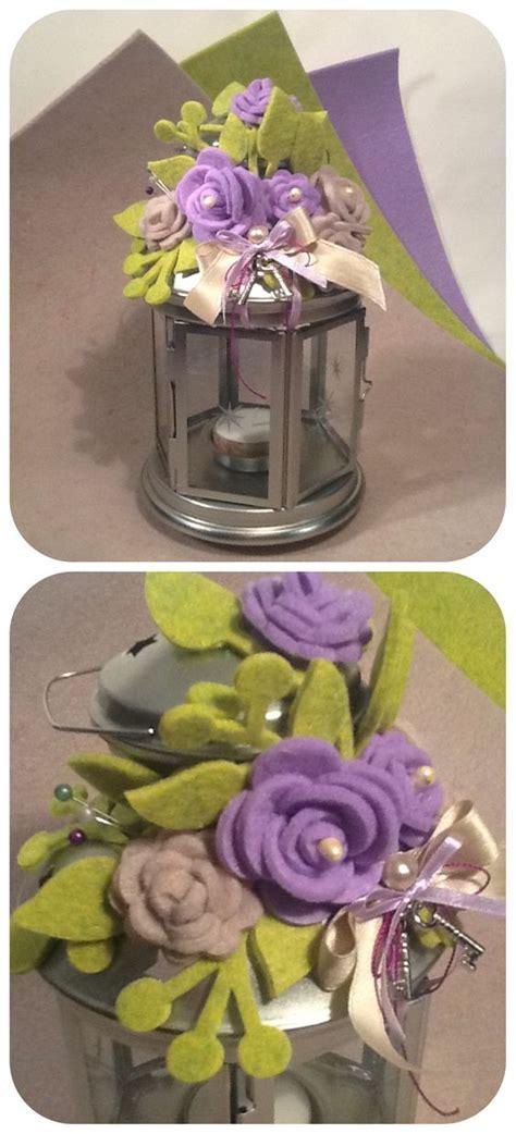 fiori con i nastri lanterna decorata con fiori di feltro nastri e ciondoli d