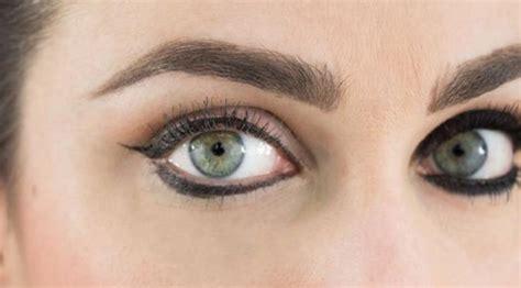 Eyeliner Bawah Mata 5 pelanggaran eyeliner yang harus segera dihentikan style bintang
