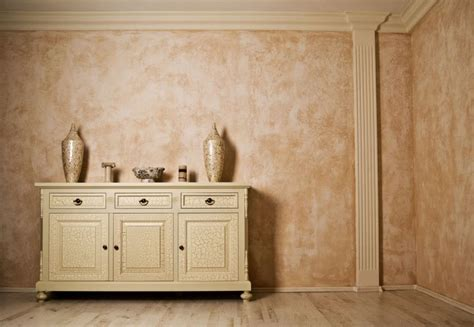 tipi di pittura per pareti interne immagini come verniciare le pareti di casa fai da te gli step da
