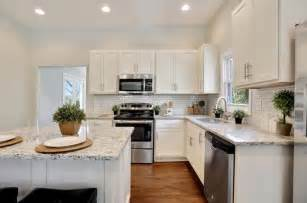 charming Pictures Of Backsplashes With Granite Countertops #2: The-15-Most-Popular-Kitchen-Photos-on-Zillow-Digs-for-2016-5.jpg