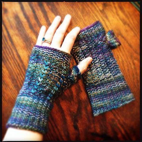 loom knitting fingerless gloves loom knit fingerless mitts loom knit inspiration