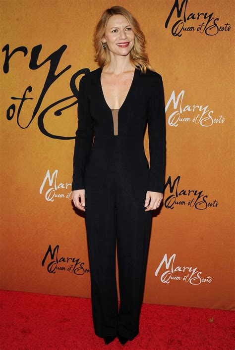 claire danes mary queen of scots claire danes mary queen of scots premiere in ny