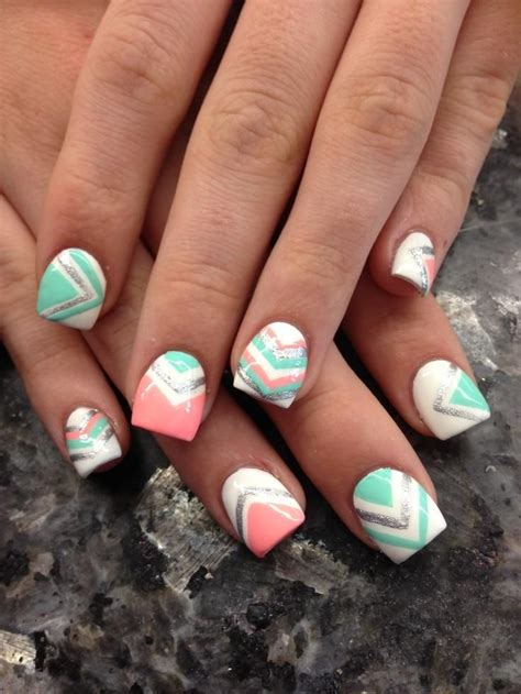 9 Fab Summer Nail Polishes Pastels Need Not Apply by Pink Teal Chevron Trends Style Nails Gel
