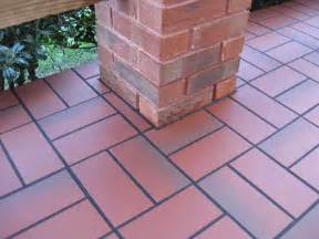 basketweave with quarry tile concrete patio - Patio Tiles Concrete