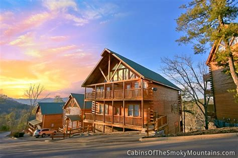 Best Cabins In Pigeon Forge by Pigeon Forge Cabin The Top 7 Bedroom Sleeps 22