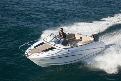 dc boat house cap camarat 6 5 dc jeanneau tekneler 7