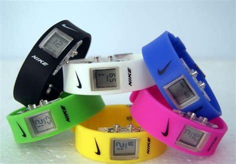 Jam Dinding Digital Led Angka Nyala Waktu Azhan abaddon jam tangan