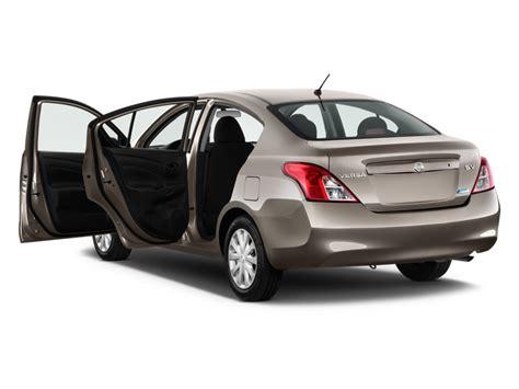 Nissan 4 Door by Image 2014 Nissan Versa 4 Door Sedan Cvt 1 6 Sv Open