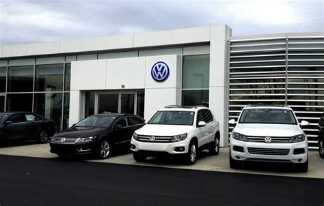 Milwaukee Volkswagen by Volkswagen Of Milwaukee Car Dealership In Glendale Wi