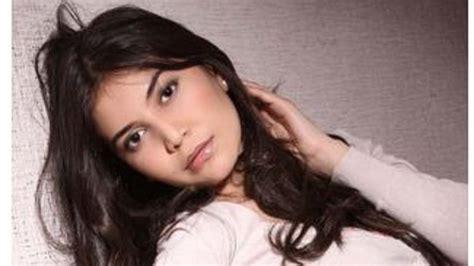 Uzbek Beauty Uzbekistan Has No Idea Who   just who is rakhima ganieva miss uzbekistan mystery at