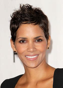 biography yourdictionary halle berry biography