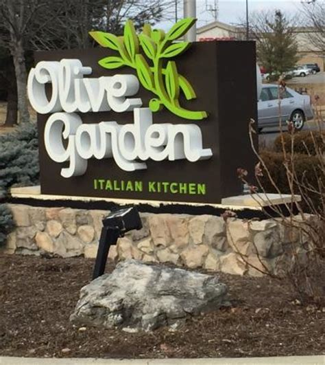 curbside sign 1 23 15 picture of olive garden