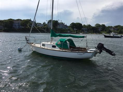 dory sailboat 1982 cape dory 22 sailboat for sale in massachusetts