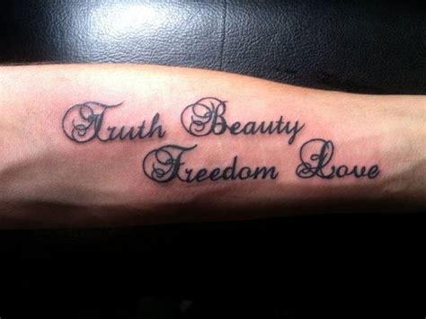 body tattoo writing tatouage 233 criture une belle fa 231 on d 233 crire une phrase sur