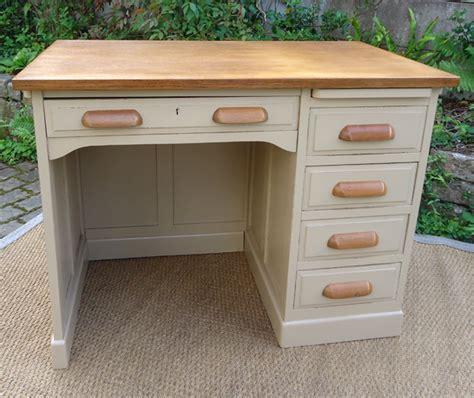 joli bureau ancien bois peint modele 233 es 1950