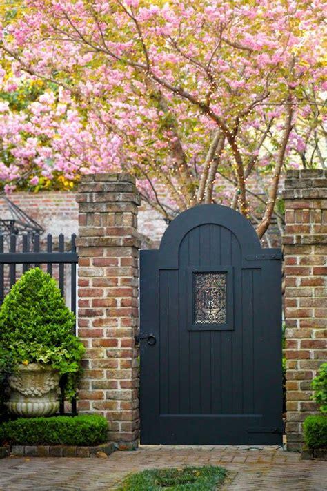 beautiful backyard garden inspiration for your home