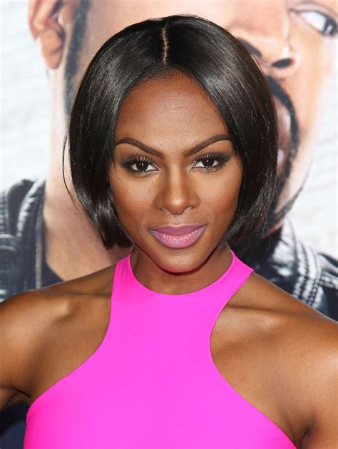 Kevin Hart by Tika Sumpter In Ride Along Premieres In Hollywood Zimbio