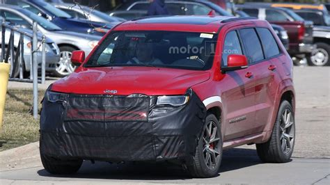 trackhawk jeep hellcat jeep confirms hellcat powered grand trackhawk for