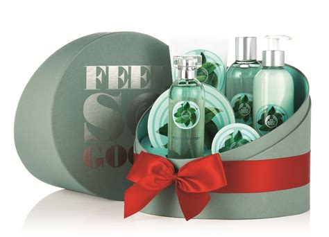 Fuji Green Tea Lotion 250ml valentine s giveaway fashionfreaks x the bodyshop