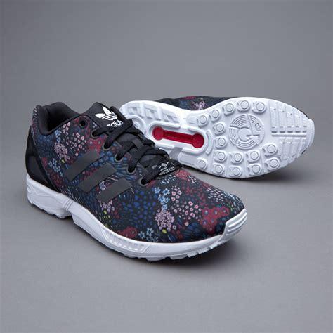 Sepatu Adidas Originals Zx 700 sepatu sneakers adidas originals womens zx flux black