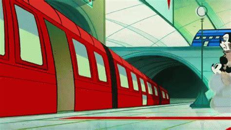 trainairtram pamelas animated gifs