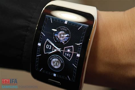 Samsung Galaxy S10 Gear 4 by What Does Gear S Bring To The Table Samsung Global Newsroom