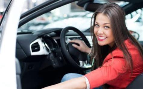 top  cars women   drive carfin car finance