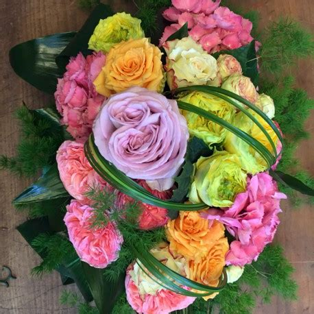 centrotavola di fiori centrotavola con fiori di stagione