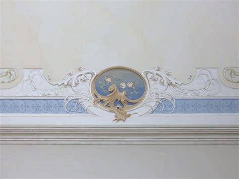 soffitto dipinto soffitto dipinto con decorazione liberty decorazione