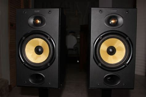 sold bw bowers wilkins speakers dm plateau stands