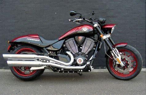 Victory Motorrad Katalog by Victory Katalog Motocyklů A Motokatalog Na Motork 225 ři Cz